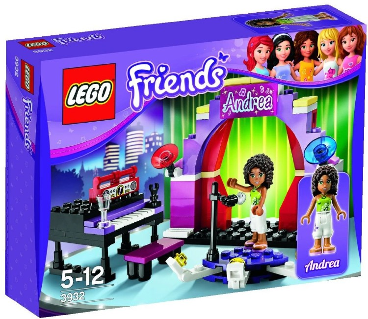 Андреа на сцене Lego Friends (Лего Подружки)