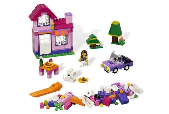 Розовая коробка с кубиками Lego System (Лего Систем)