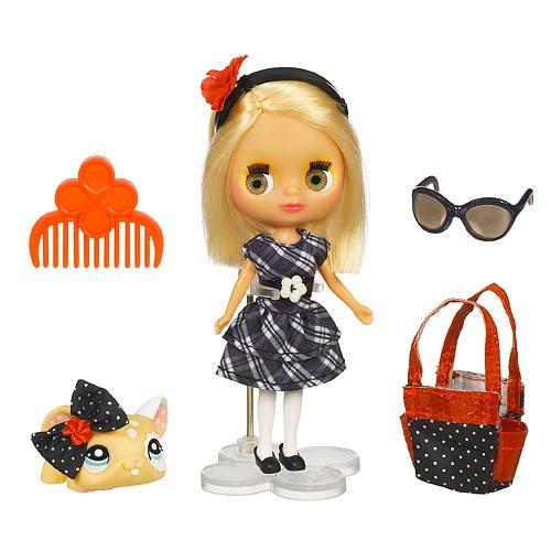 Кукла Блайс в платье в клетку и зверюшка, игровой набор Hasbro Littlest Pet Shop (Маленький зоомагазин)