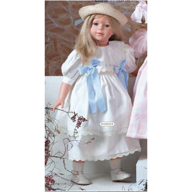 Кукла Алтея в шляпке Carmen Gonzalez (Кармен Гонзалес)