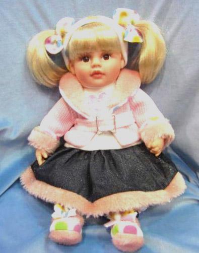 Кукла Карапуз Лола виниловая, озвученная, с чипом